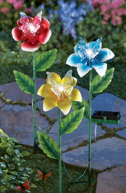 Solar Lighted Flowers