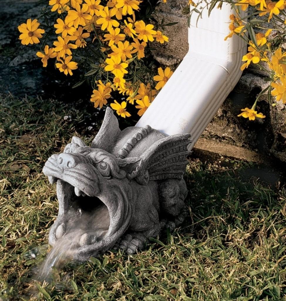 Roland The Gargoyle Rain Gutter Fresh Garden Decor