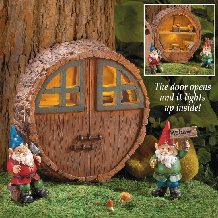 Mini Outdoor Solar Gnome House