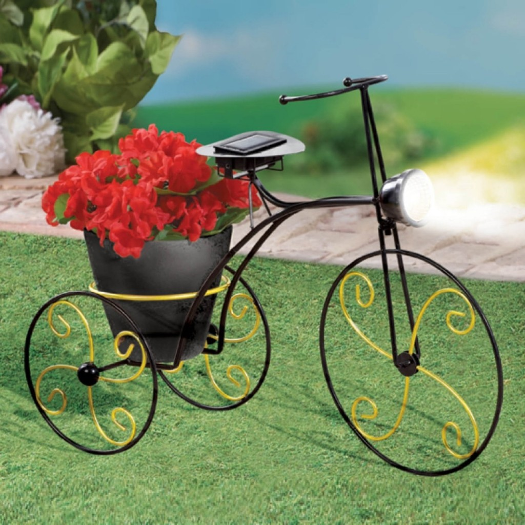 Solar Powered Metal Bicycle Garden Planter Fresh Garden