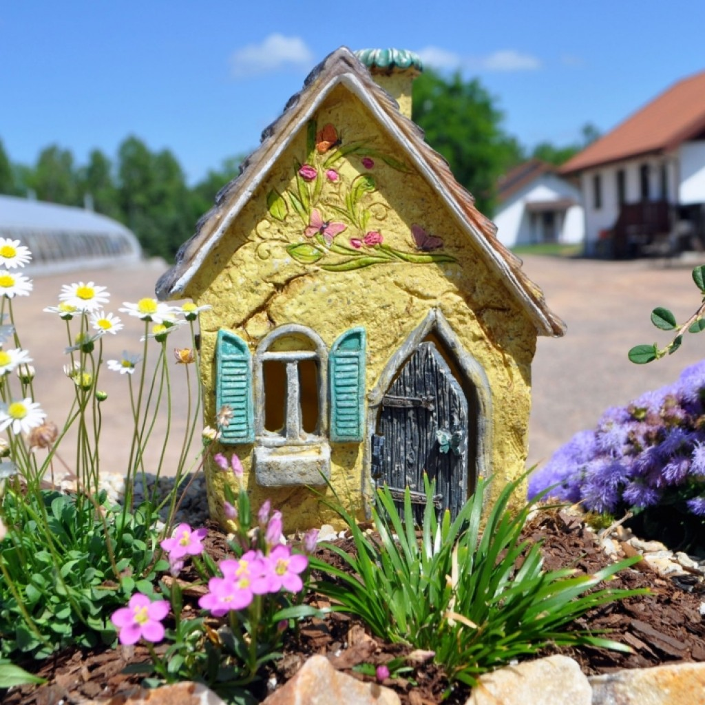 Home Design Ideas Decorating Gardening: Cottage Fairy House