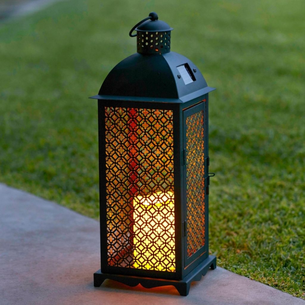 Moroccan solar powered led garden flameless candle lantern for Led jardin exterieur