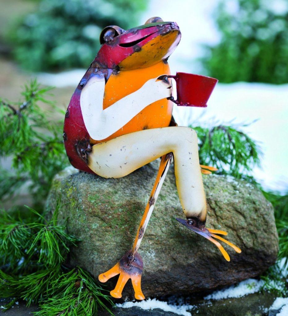 Recycled Metal Coffee Frog Garden Art | Fresh Garden Decor