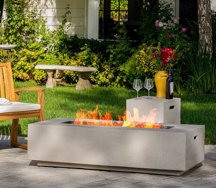 Rectangular Liquid Propane Fire Table with Lava Rocks