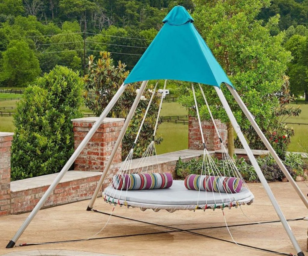 Patio outdoor daybeds lounger canopy hanging cushion porch for Outdoor lounge bed with canopy