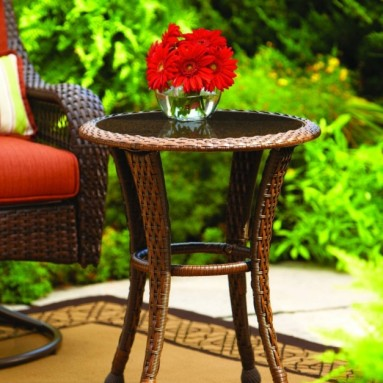 Azalea Ridge 20 Wicker Round Outdoor Side Table