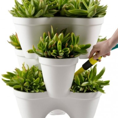 Keter Ivy Planter Stackable 1-Step Watering Reservoir Drain