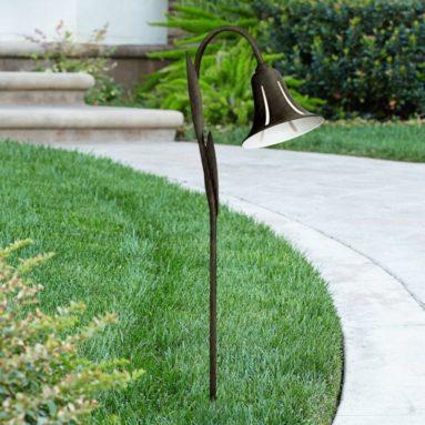 Tulip Low Voltage 27″ HIgh LED Landscape Light